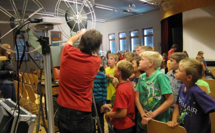 Schulvorführung in Fiesch VS (© Roadmovie / Foto Ruedi Flück)