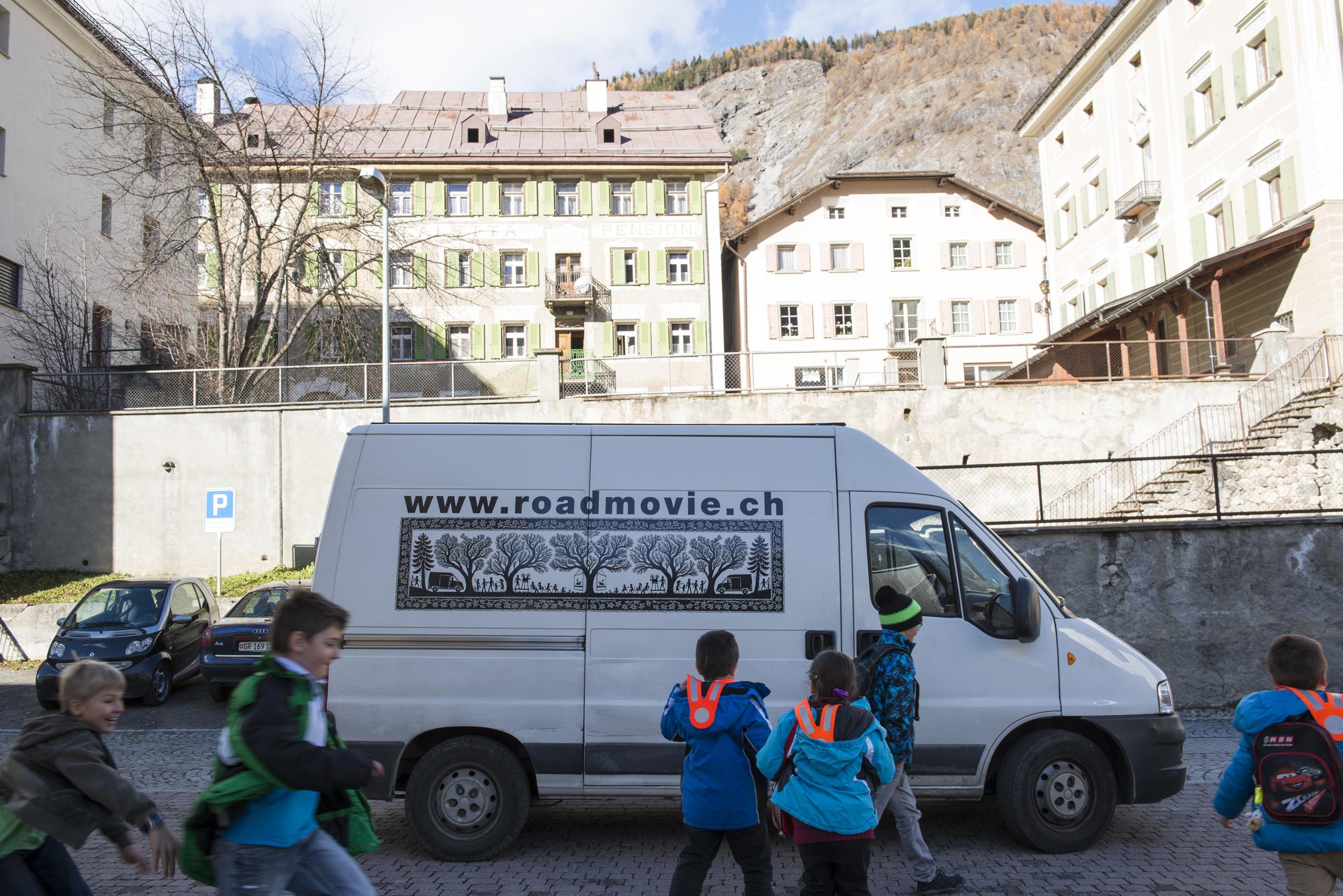 Roadmovie, das mobile Schweizer Kino, unterwegs durch die Schweiz